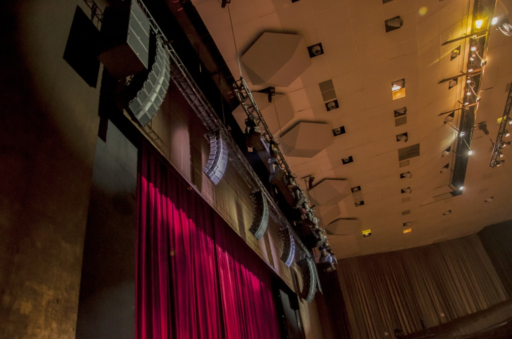 MoscowMusicalTheatre-L-Acoustics.jpg